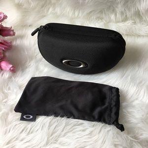 Oakley Zip Hard Clamshell Sunglasses Case